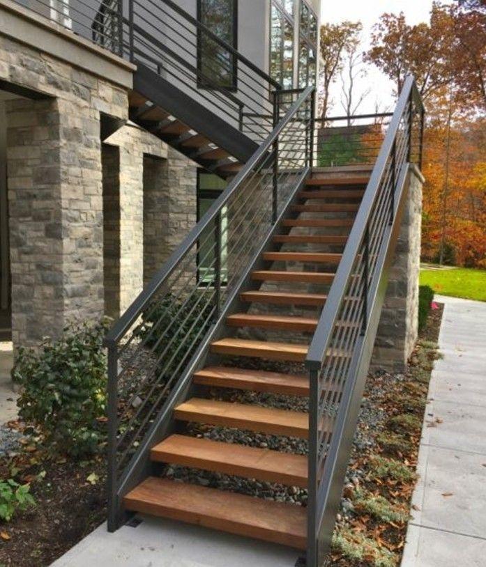 фото уличных лестниц в частном доме сидела